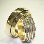 par-de-alianca-luxo-em-ouro-18k (1)
