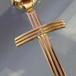 pingente-de-cruz-de-ouro-18k-7503