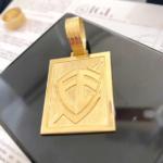 pingente-de-placa-ouro-18k-750-f3