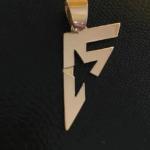 pingente-personalizado-em-ouro-15